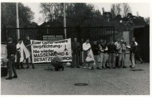 1990 -